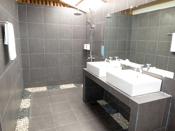 BABDR-Shower-room-2